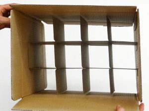 Boxes with pre-glued honeycomb partitions